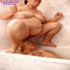 Piss loving lesbians of all ages at play