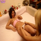 Horny mature lesbian doing a kinky teen slut