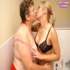 Mature housewife and young girl in horny action