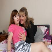 British housewife doing a big breasted teeny bbw