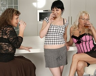 Naughty old and young lesbians turn up the heat