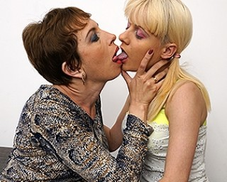 Naughty old and young lesbians make out