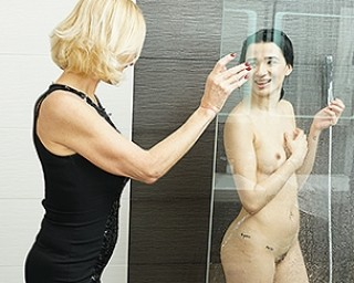 These horny old and young lesbians have great fun in the shower